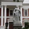 Parliament Buildings, Cape Town, South Africa: Statue of Queen Victoria