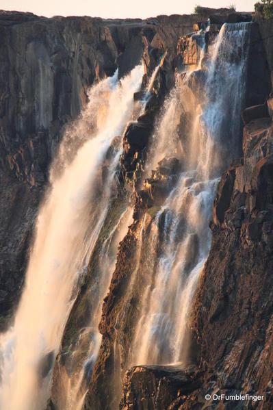 victoria-falls-zambia-002
