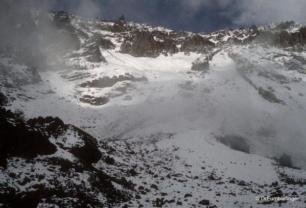 mt-kilimanjaro-ice-snow-022