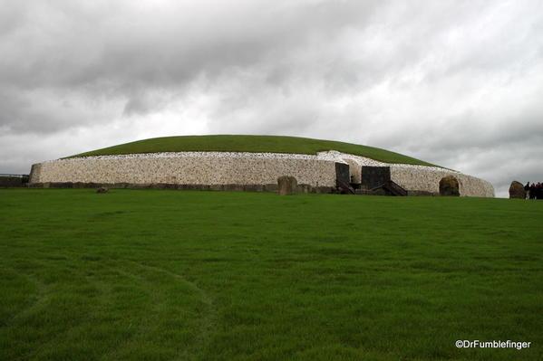Newgrange 2013-001 intro
