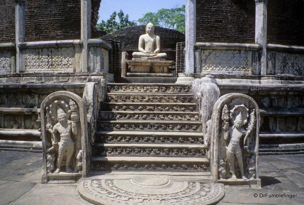 Sri-Lanka-2001-Polonnaruwa-019