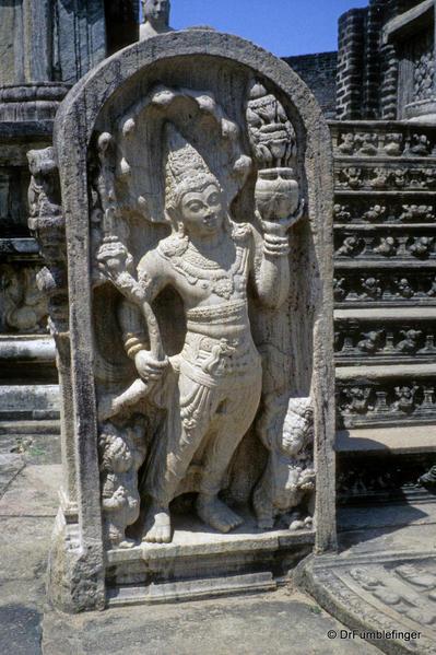 Sri-Lanka-2001-Polonnaruwa-020