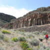 Steamboat Rock State Park -- Hike near trailhead: The large mass of Steamboat Rock looms ahead