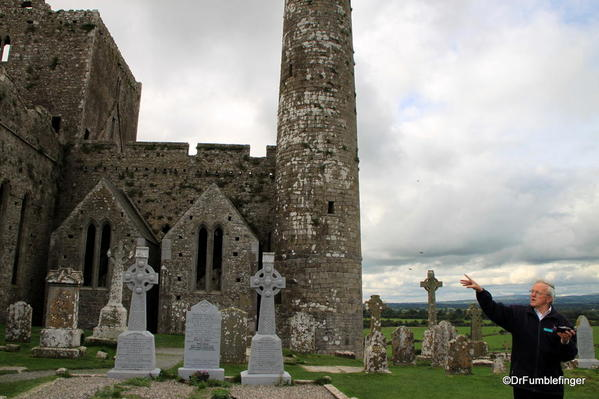 Rock-of-Cashel-2013-077a Round Tower and Cemetery