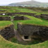 Leacanabuaile Fort: Note the walls of interior buildings