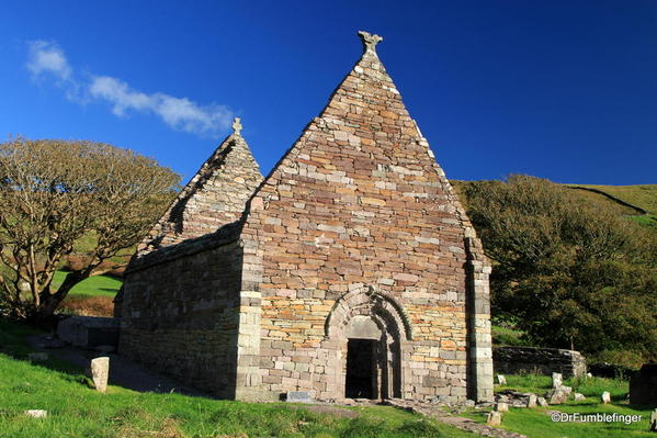 Dingle Peninsula, Kilmalkedar church ruins