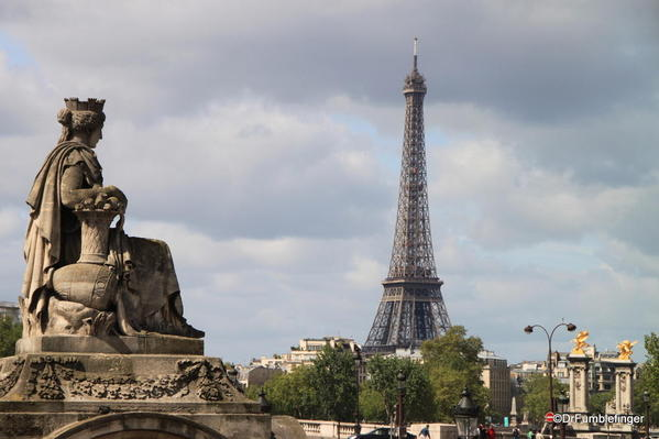 Eiffel Tower viewed from the Place de la Concorde