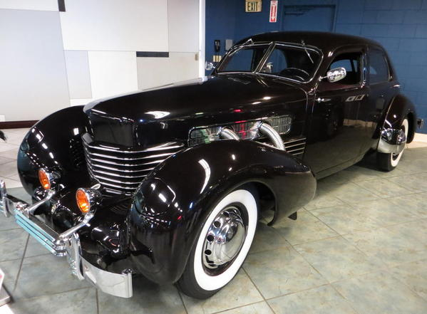 Tampa Bay Automobile Museum 2013 155 USA 1936 Cord 812