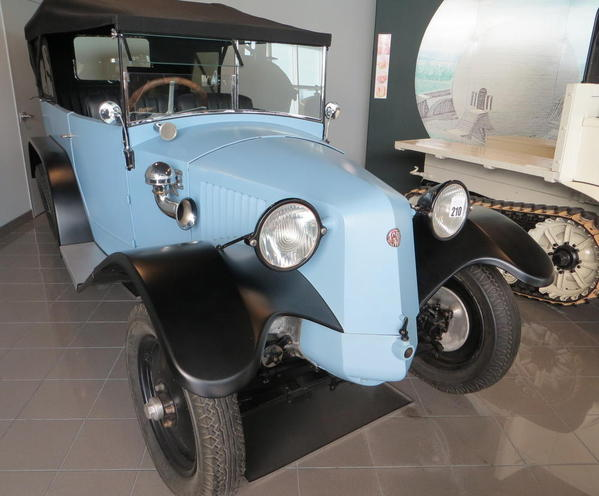 Tampa Bay Automobile Museum 2013 008 1936 Tatra 26-30
