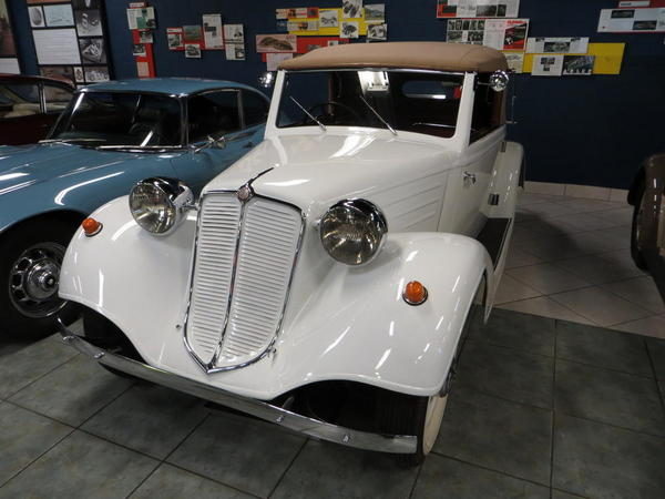 Tampa Bay Automobile Museum 2013 026 1934 Tatra T75
