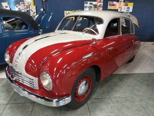 Tampa Bay Automobile Museum 2013 033 1946 Tatra Tetraplan