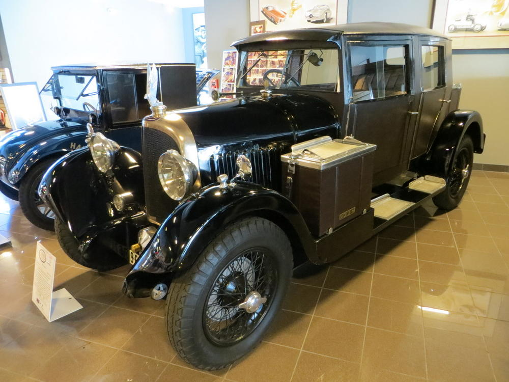 Tampa Bay Automobile Museum: 4) the French cars | TravelGumbo