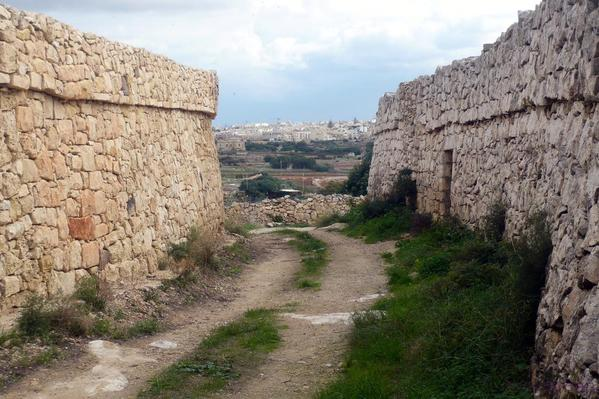 country lane in Qrendi