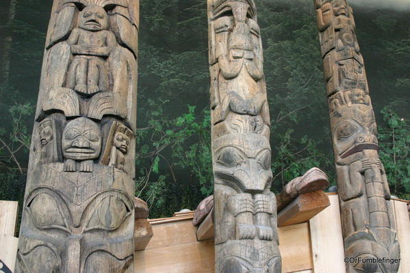 Details of totems, Grand Hall, Museum of Civilization