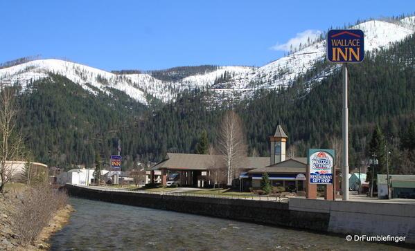 Wallace, Idaho -- Road into town