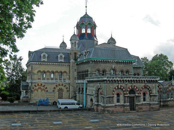 1-Old_Abbey_Mills_Pumping_Station,_Stratford._-_geograph.org.uk_-_445286