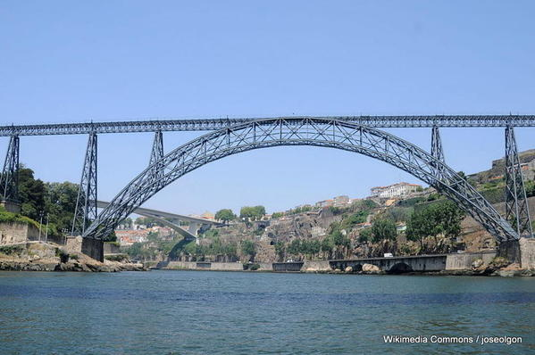 1024px-Ponte_D._Maria_Pia-Porto-001