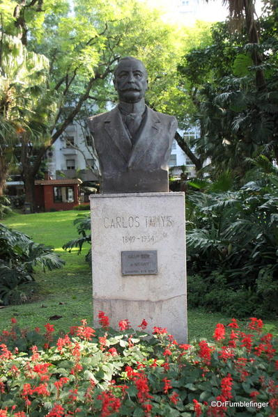 Buenos Aires, Jardin Botanico. Bust of the designer of the park