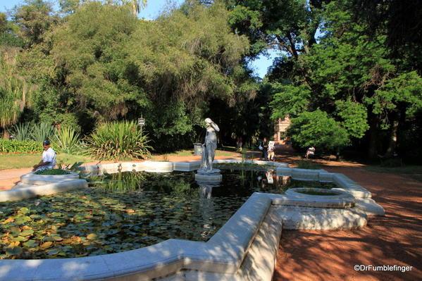 Buenos Aires, Jardin Botanico. Pond