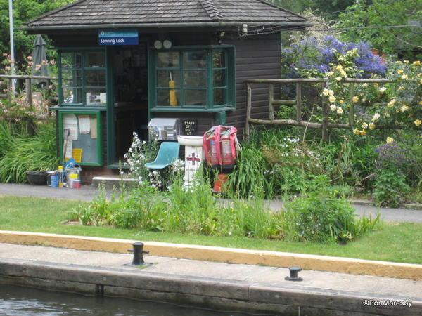 Thames17