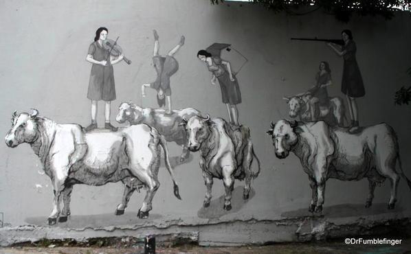 Street art on Charcarita walls.