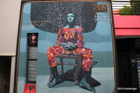 Street art in Palermo. Art by Triangulo Dorado