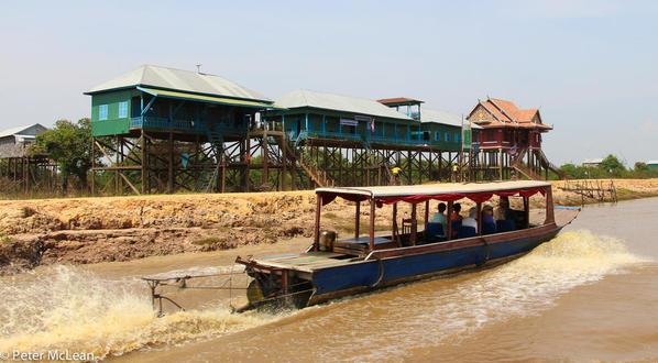Tonle Sap Village-8445
