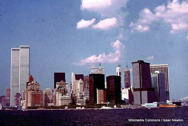 1-19_Manhattan_skyline_from_Statten_Island_ferry_July_76