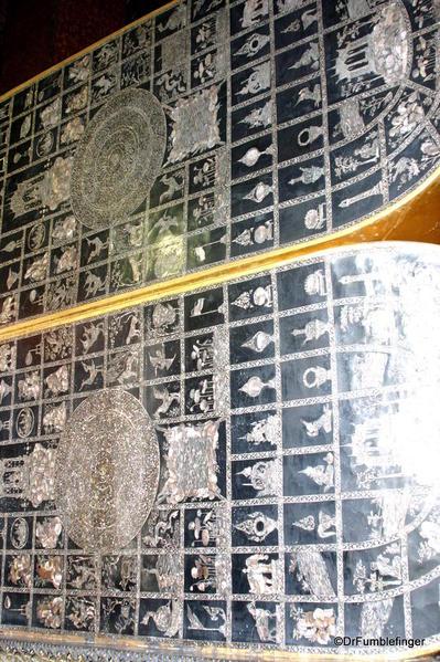 Inlaid soles, reclining Buddha, Wat Pho, Bangkok, Thailand