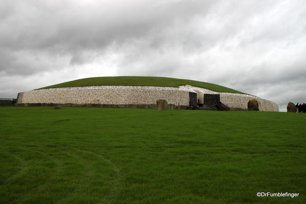 Side profile of Newgrange, an ancient passage tomb: Located in the Valley of the Boyne, north of Dublin