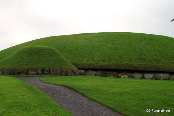 Path leading to the largest burial mound in Knowth