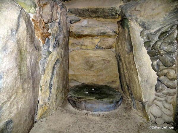Brú na Bóinne Visitor Center. Copy of Newgrange's passage tomb