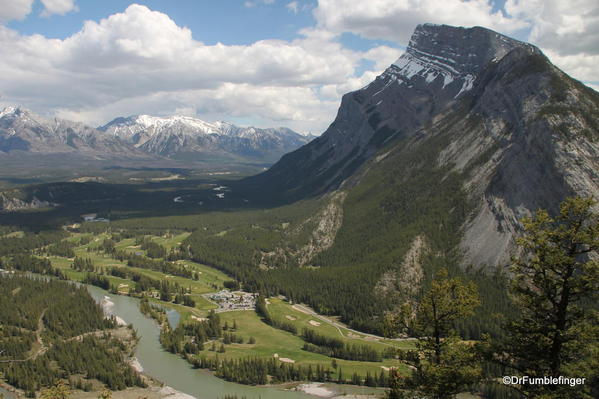 Tunnel Mountain trail, Banff National Park, Views of the Bow River Valley