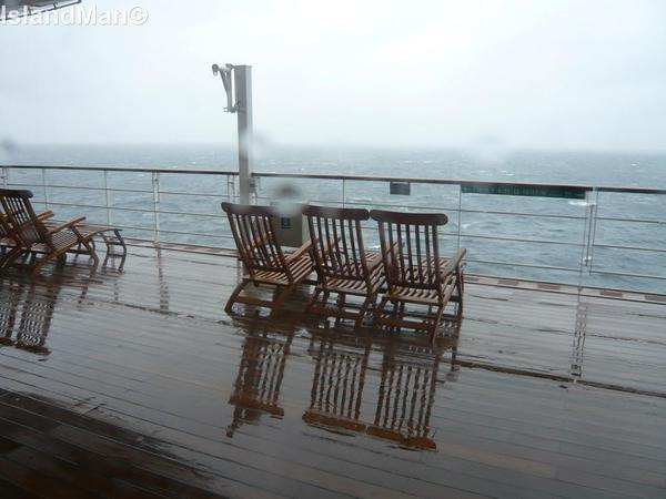 QM2 Deck Chairs