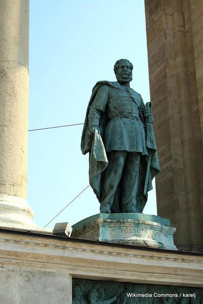 682px-Budapest_Heroes_square_Kossuth_Lájos