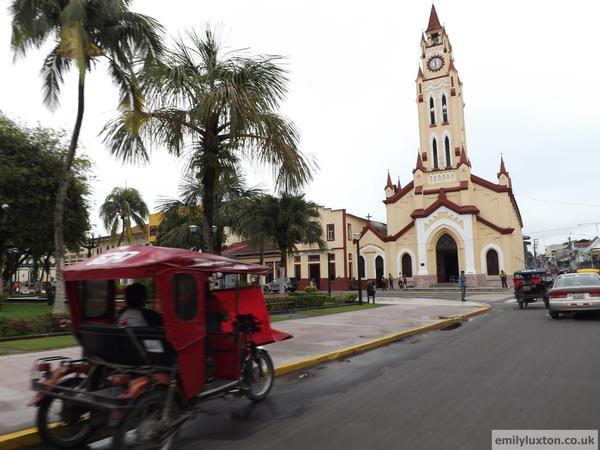 Iquitos [1)