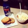 Insomnia_Cookies_Ice_Cream
