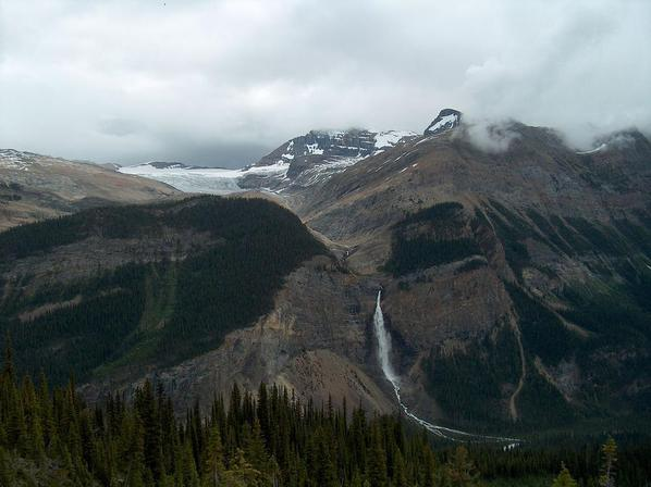 Daly Glacier and Takakkaw Falls, Yoho National Park. Viewed from Iceline trail. Courtesy Wikimedia/Brilang