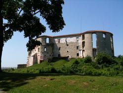 Janowiec Castle Ruins