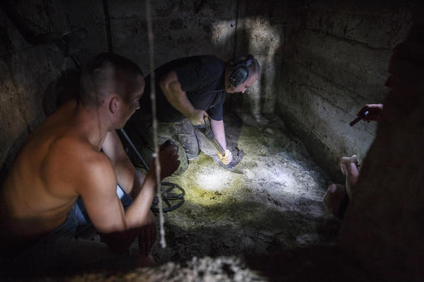 Digging in Bunker