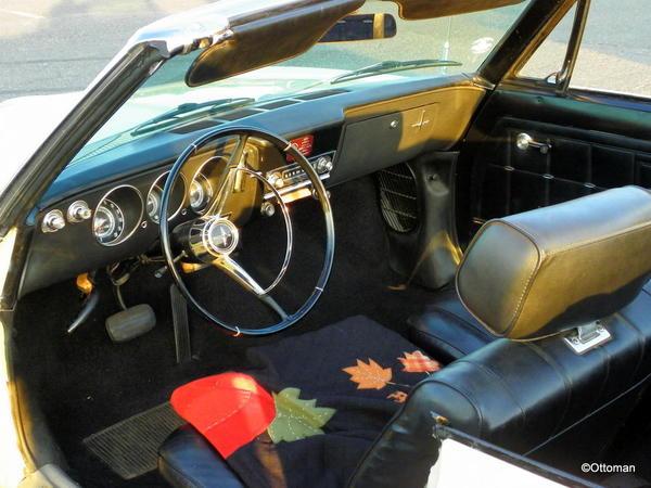 1966 Chevrolet Corvair (7)