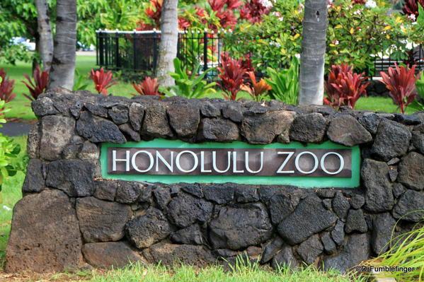 02 Signs of Waikiki