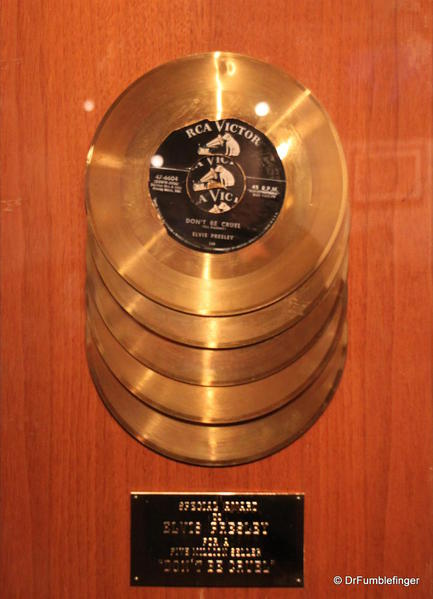 Graceland, Memphis. 5x gold record for Hound Dog-Don't be Cruel single