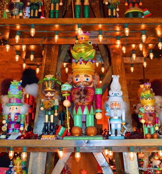 10 Santa's Wonderland