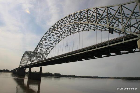 Hernando de Soto Bridge over the Mississippi River