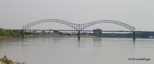 Hernando de Soto Bridge, viewed from Mud Island Park