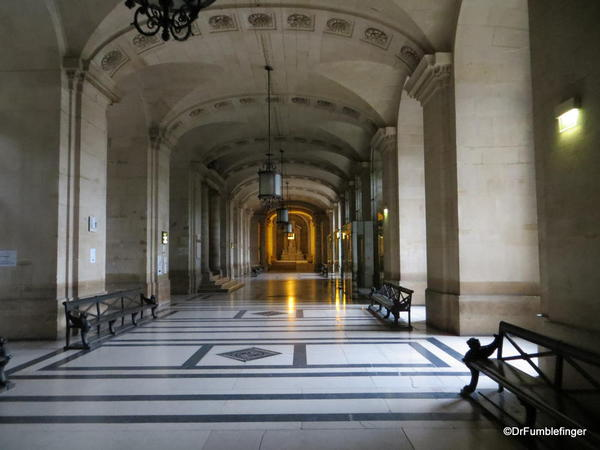 Hallway leading to Sainte-Chapelle, through the Palace of Justice