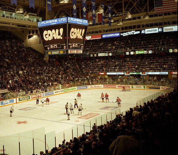 Maple Leafs Vs Blackhawks 1994. Courtesy Horge and Wikimedia