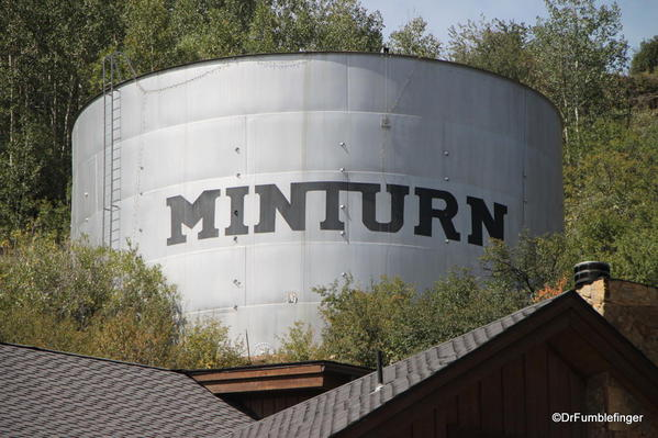 01a Minturn Market