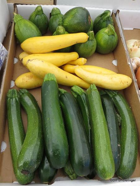 08 Minturn Market